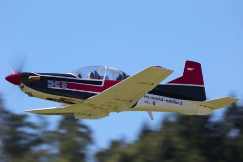 2016-Flugtag Marco-Blackhaw---019